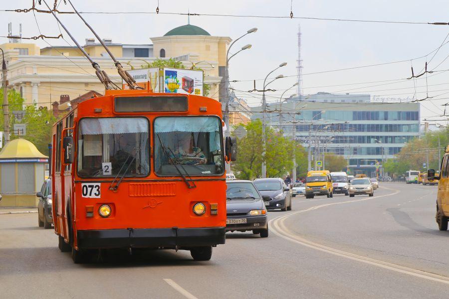 Троллейбусов на улицах Астрахани становится больше