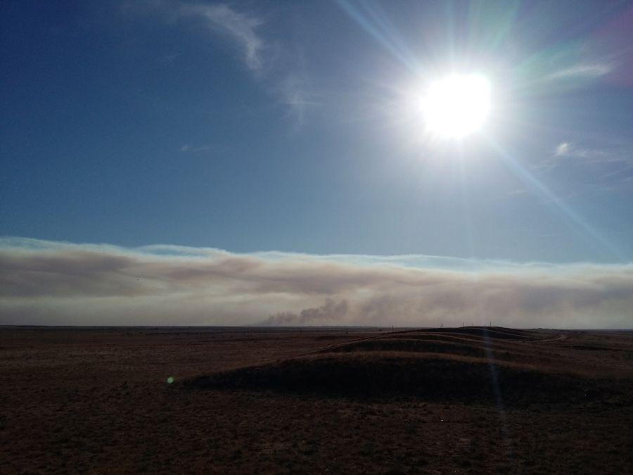 Дым в Астрахань принесло из Казахстана