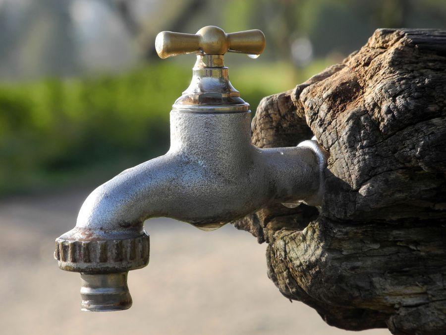 Половину Трусовского района Астрахани на ночь оставят без воды