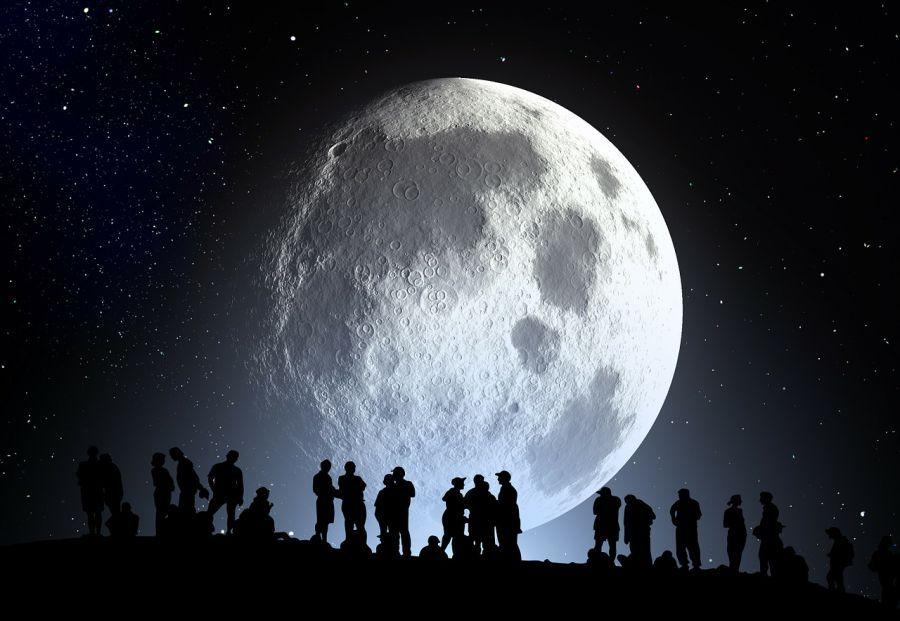В пятницу астраханцам предлагают посмотреть Луну в телескоп