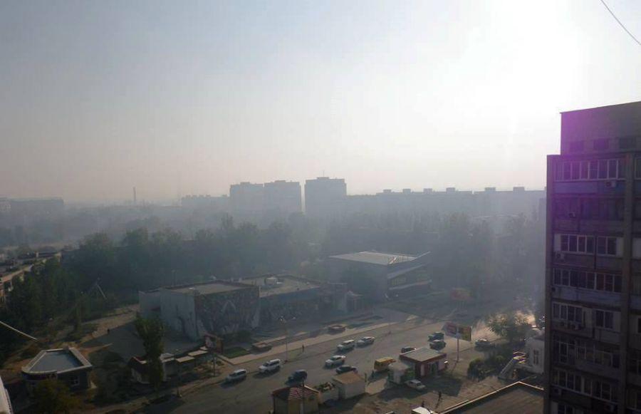 В Астрахани вновь стоит странный туман