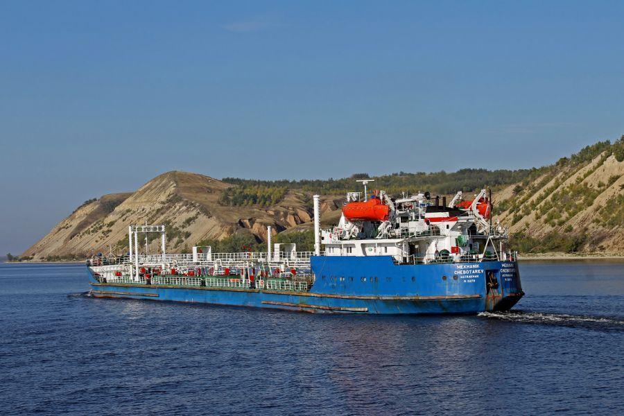 Задержанных в Ливии астраханских моряков освободили