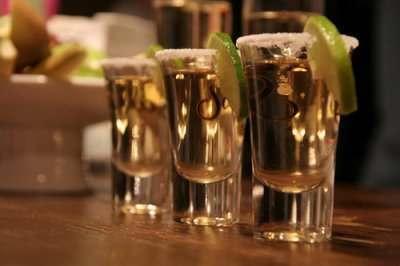 Астраханцы стали меньше пить