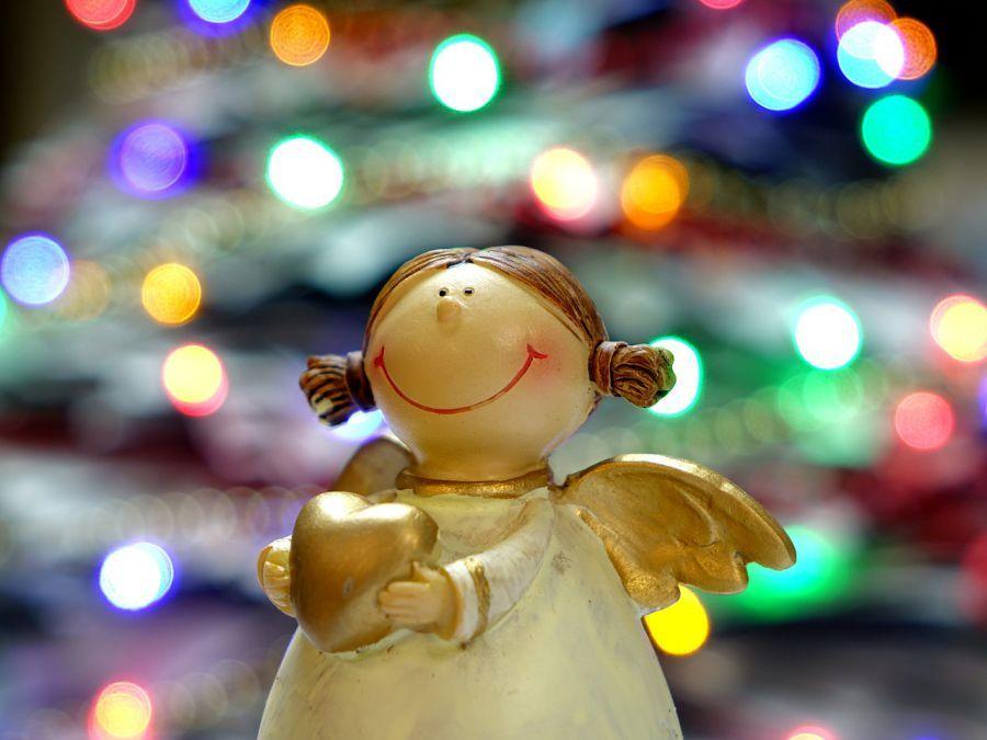 В Астрахани открывается выставка рождественских подарков