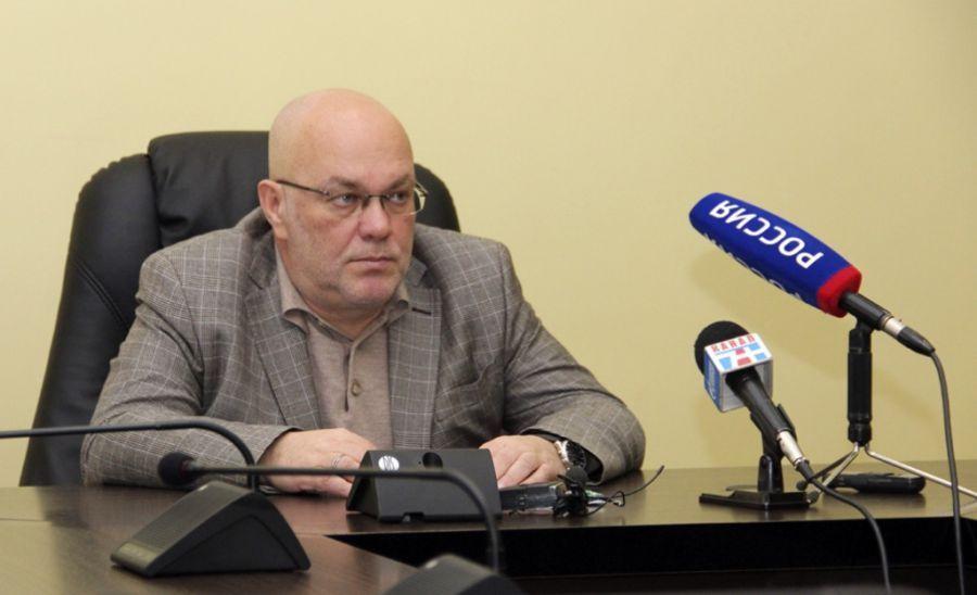 Астраханские педагоги встретят Новый год с деньгами