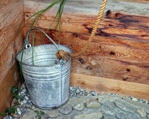 Жители астраханского села сидели без питьевой воды
