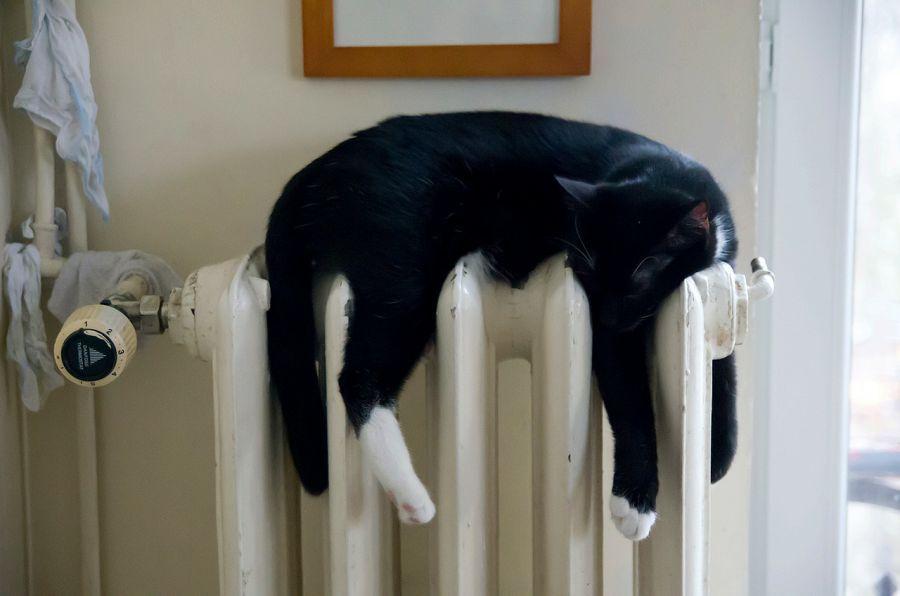 В Астрахани отключили отопление в районе Эллинга