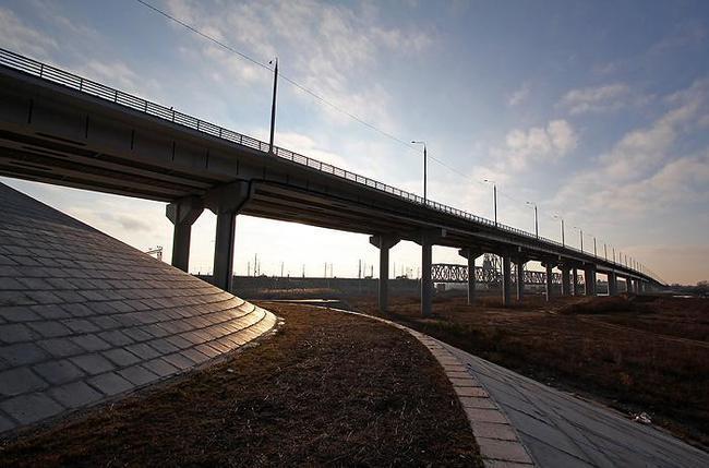 В Астрахани готовят проект третьего моста через Волгу
