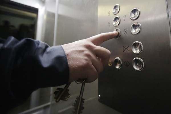 Половина лифтов Астраханской области — в изношенном состоянии