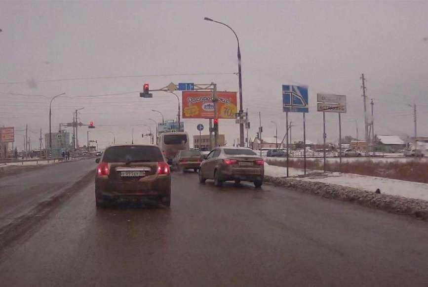 Разворот после Нового моста в Трусовском районе запретили