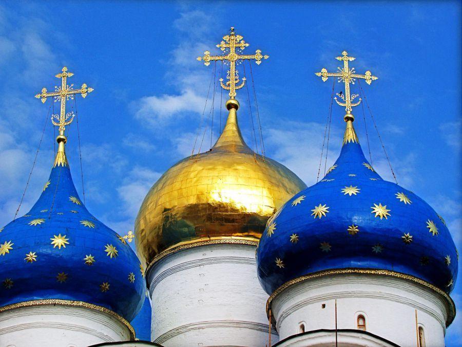 Две трети астраханцев считают себя православными