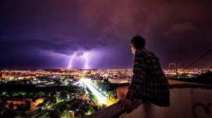 Астраханцы обсуждают ночной град с грозой