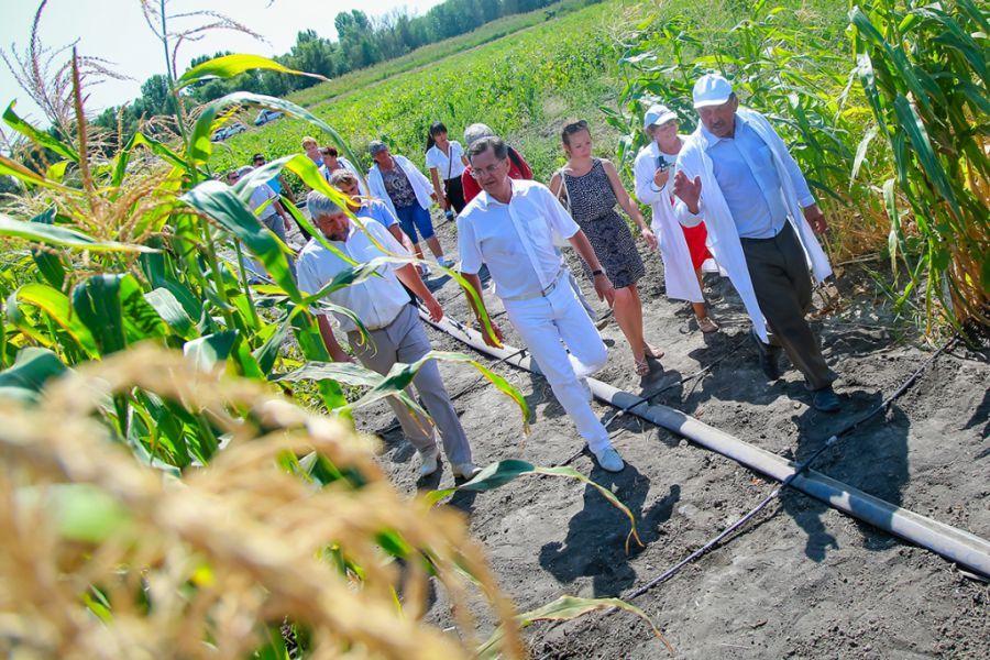Александр Жилкин хочет два миллиона тонн урожая