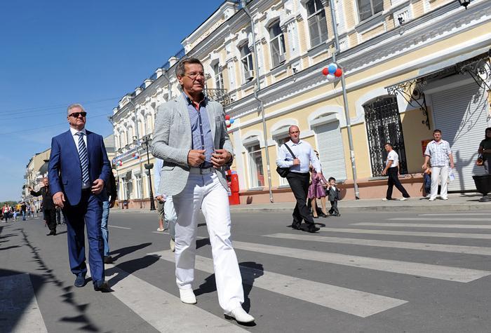 Медиарейтинг Александра Жилкина продолжает оставаться низким