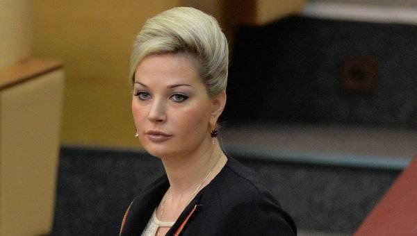 Мария Максакова вступилась за продавцов спиртного