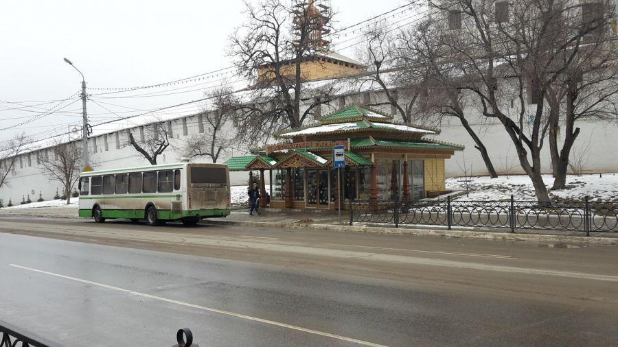 Самые странные остановки Астрахани