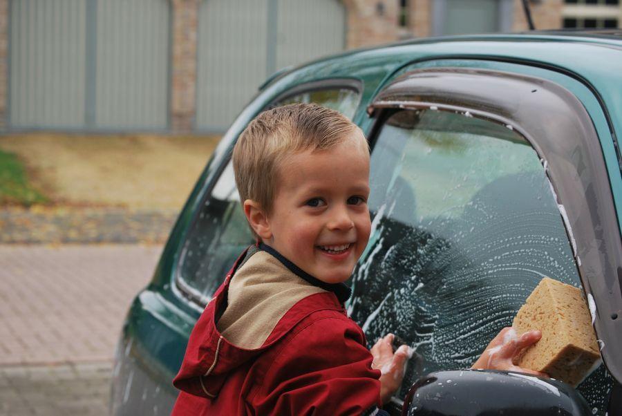 Каждая вторая автомойка в Астрахани нелегальна