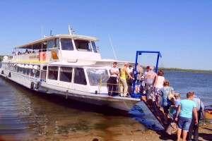 В Астрахани будет три новых маршрута речных трамвайчиков