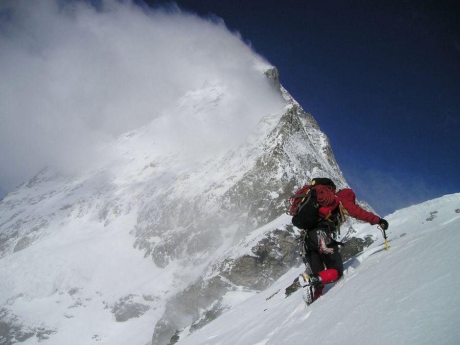 Пропавшего альпиниста из Астрахани нашли на высоте пять километров