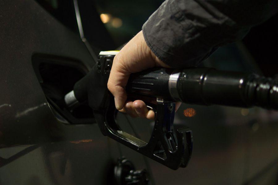 Цена бензина в Астрахани до лета не поднимется