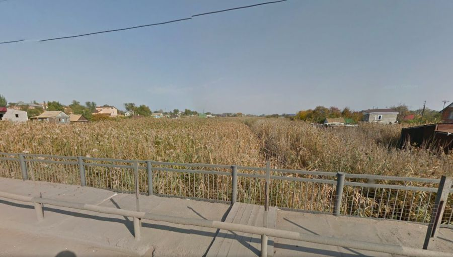Ерик Казачий в Астрахани запачкали канализационными нечистотами