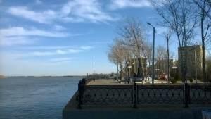 В Астрахани мужчину будут судить за перевозку людей на остров Городской