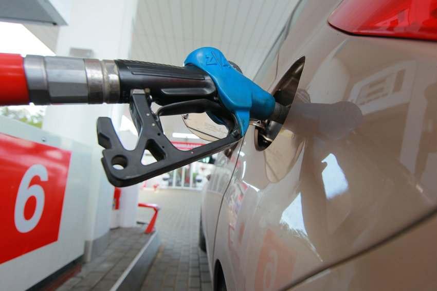 В Астрахани растут цены на бензин
