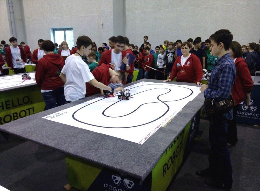 Астраханцы в призерах фестиваля робототехники