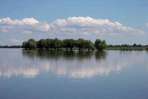 Паводок в Астраханской области закончится в августе