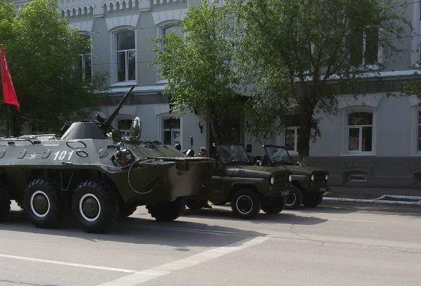 В Астрахани прошел парад Победы