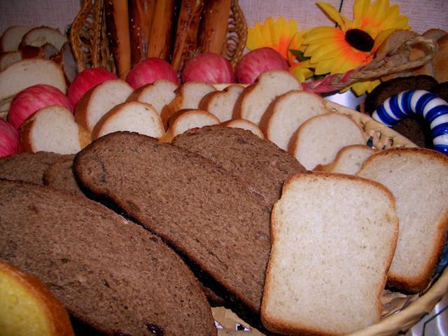 Хлеб напомнит астраханцам о долгах