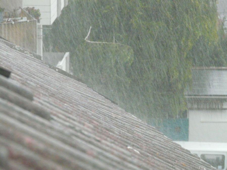 Сегодня и завтра астраханцев ждет дождь со снегом