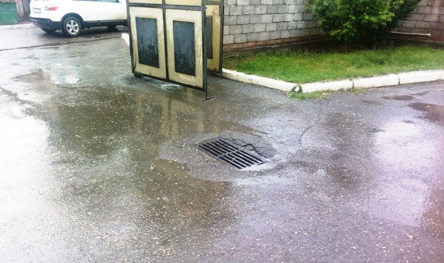 В Астрахани обнаружили ливневую канализацию