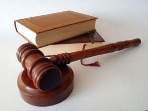 В Астрахани снова не смогли решить судьбу волгоградской судьи
