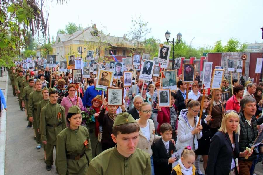 В Астрахани «Бессмертный полк» соберется у «Кристалла»