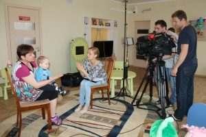 Астраханских детей-сирот покажут на Первом канале