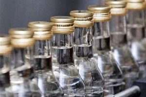Астраханец втихаря «барыжил» водкой в магазине жены