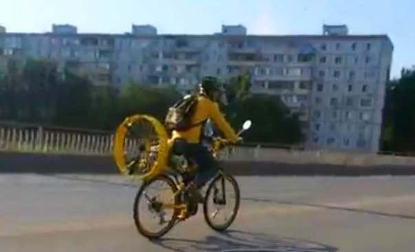 На дороги Астрахани выехал Карлсон