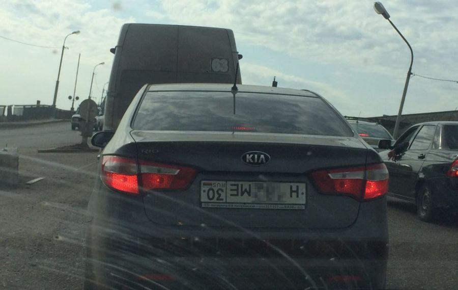 Астраханские водители прячутся от камер новым способом