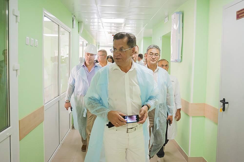 Александра Жилкина не узнали в Александро-Мариинской больнице