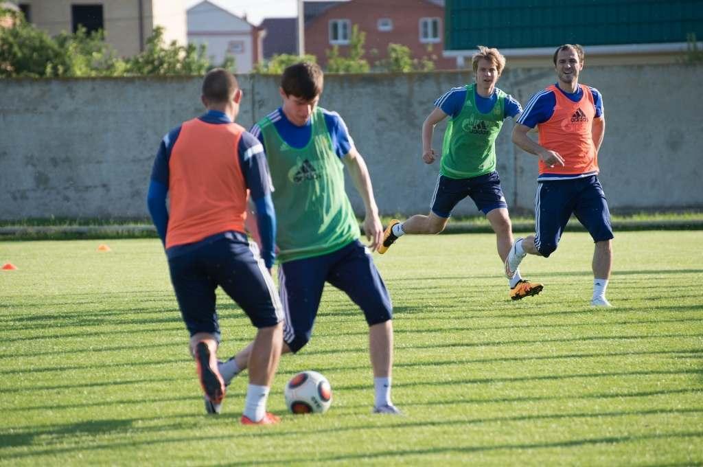 Астраханский «Волгарь» сыграет с белорусскими командами