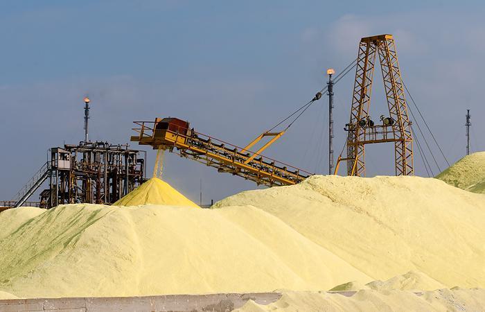 Индонезии предложили покупать астраханскую соль и серу