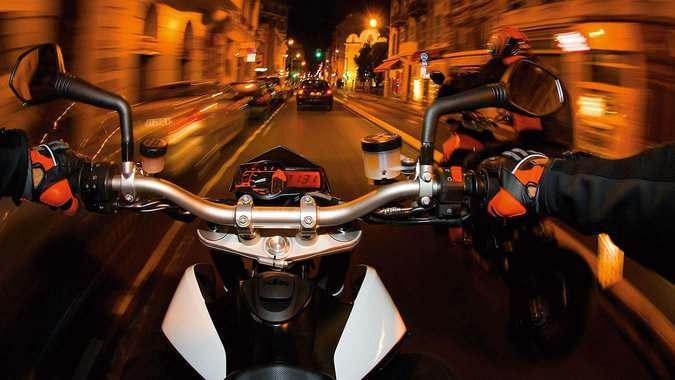 Астраханцы жалуются на шумных мотоциклистов по ночам