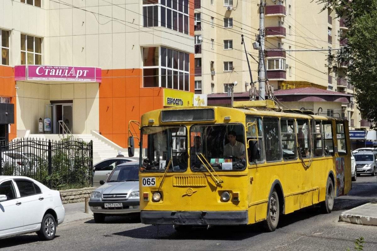 Астраханские троллейбусы приостановят работу в выходные