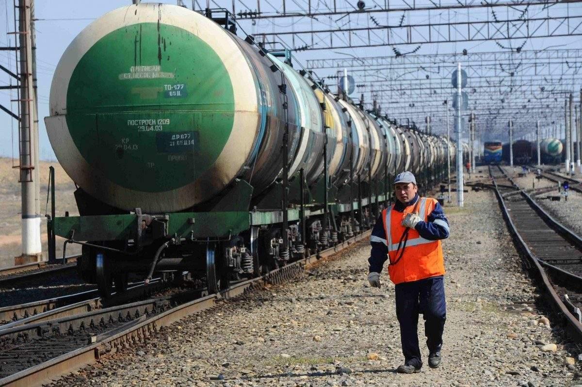 Астраханские железнодорожники погрузили 600 тысяч тонн грузов в мае