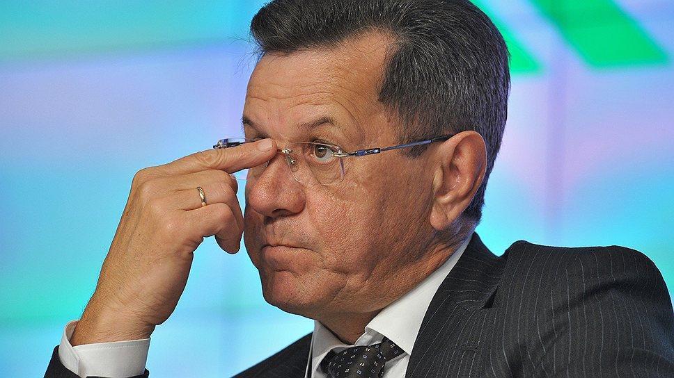Александр Жилкин объяснил плохое состояние дорог в Астрахани