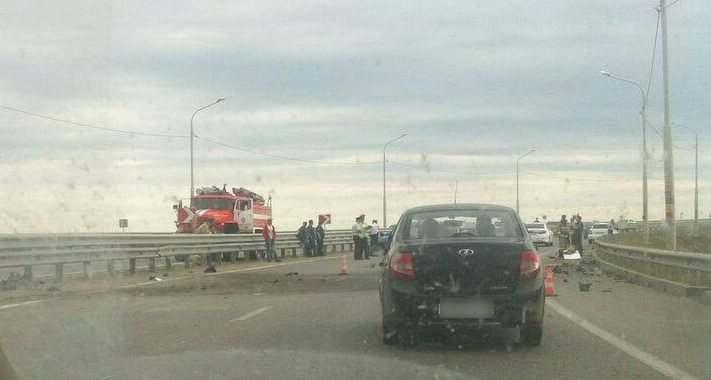На мосту в микрорайон Бабаевского произошла серьезная авария