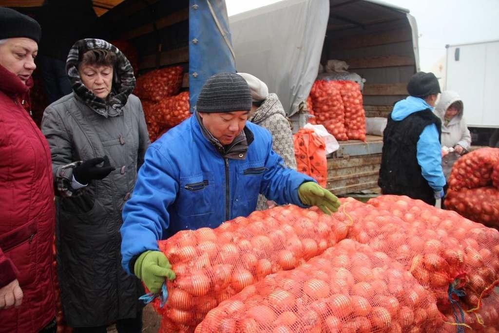 Астраханские фермеры наторговали на ярмарках на 190 млн рублей