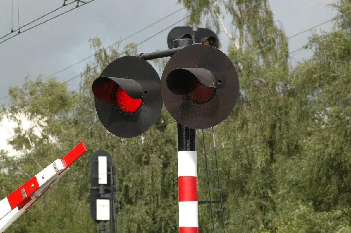 В Астраханской области стало гораздо меньше ДТП на железнодорожных переездах