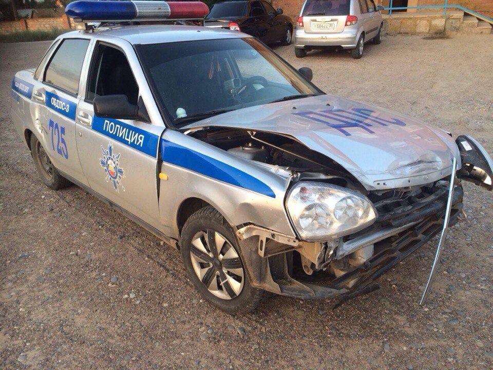 Пьяный водитель «Камаза» под Астраханью пошел на таран полицейской «Приоры»